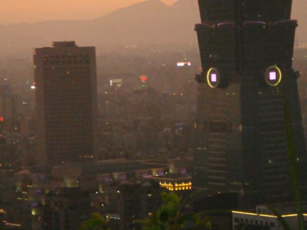 台北101和世貿大樓